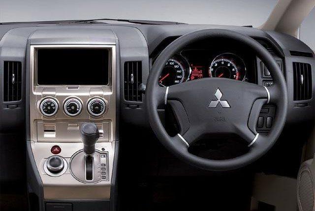 Mitsubishi Delica D5 от 2016
