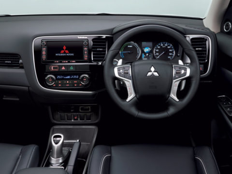 Mitsubishi Outlander от 2016