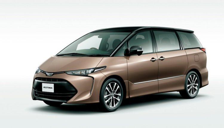 Toyota Estima от 2016