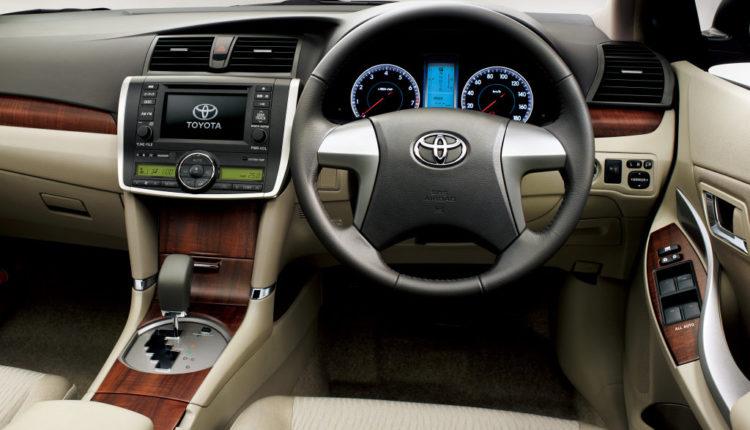 Toyota Premio от 2016